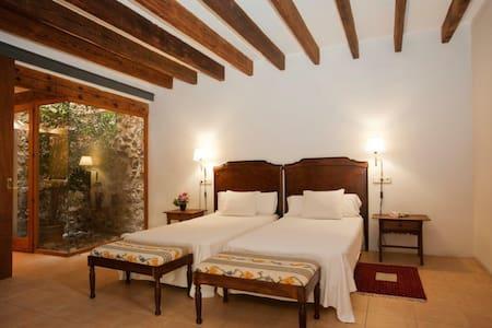 Junior Suite en Can Moragues Artá - Arta - Bed & Breakfast