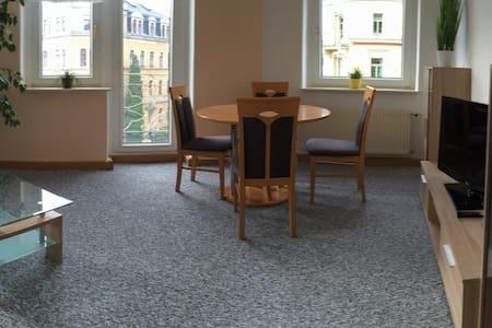 Große, helle Wohnung 1-4 Pers 69 qm - Apartamento