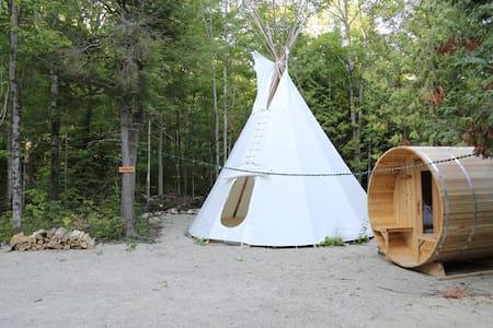 Standing Bear, 4 Season TiPi - Tipi