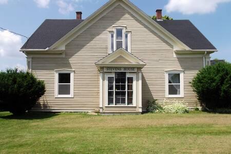 Stevens House - Tatamagouche - Ev