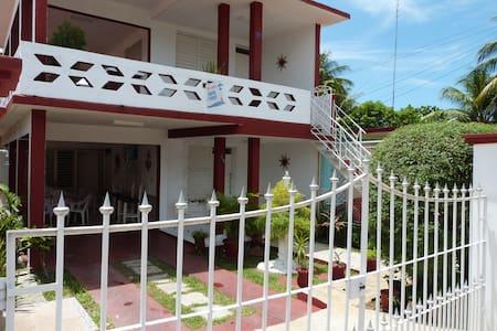 Varadero Martha´s house room 2 - Varadero - Casa