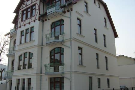 Exklusive 60 m2 Ferienwohnung - Ahlbeck - Osakehuoneisto