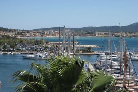 Studio sur port vue mer 4 couchages - Sanary-sur-Mer