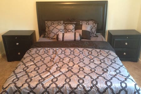 SAVEBIG~NO CLEANING FEES~PRIVATE~QUIET~SERTA BED - Chattanooga - Townhouse