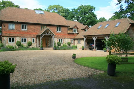 Private room in Annexe - Near Chichester/Goodwood - Dom