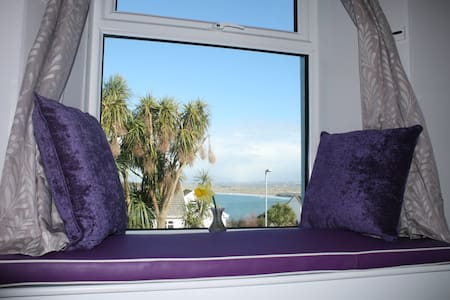 Bell Heather Double Room at Coast B&B - Carbis Bay - Bed & Breakfast