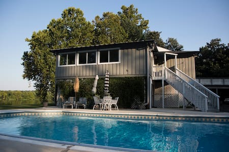 Corporate or Masters Week Riverhouse 3ac with Pool - Augusta