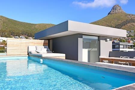 Brand New Penthouse With Private Pool Deck   Artea - Kapstaden