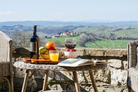 Panoramic Villa campagna senese - Villa