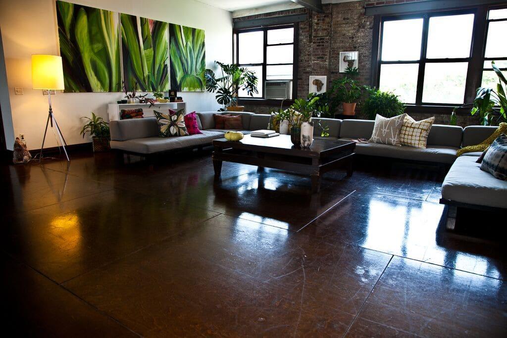Lovely Room, HUGE 5000 sqft Loft 2