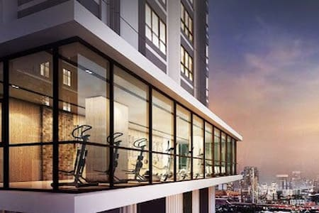 Brand new condo!! Near BTS station - Appartement