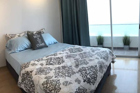 Ocean Front Apartment close to Airport - San Miguel - Wohnung