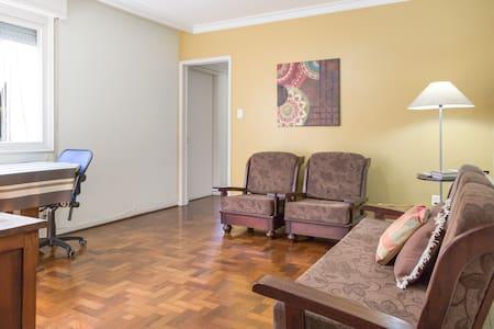 Budget Accommodation Porto Alegre - Porto Alegre - Apartment