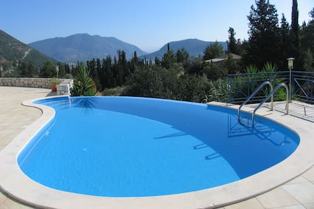 Luxurious Private Villa With Pool,Near Nidri - Vlicho