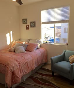Luxury Apt By Beach UCSB & All Else - Goleta - Apartment