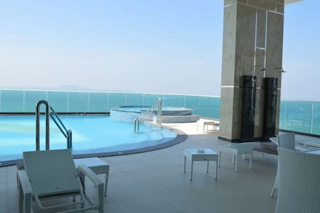 Beach condo close to Walking Street - Pattaya