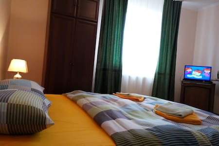 Уютная 1к. квартира в центре - Lakás