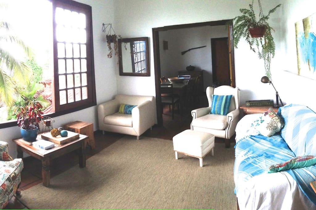 Suite em casa com vista do mar