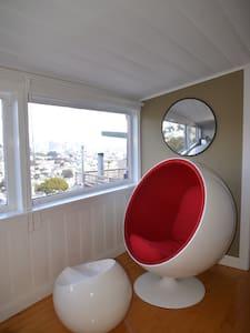 Luxurious, Sleeps 5, Pet Friendly! - San Francisco - House