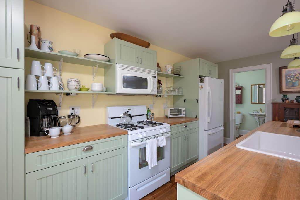 Fully outfitted kitchen if you want to stay in.
