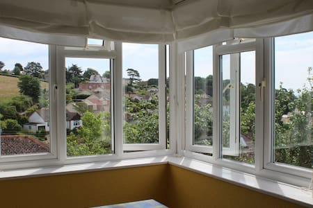 Self contained Apt with sea views - Devon - Appartement