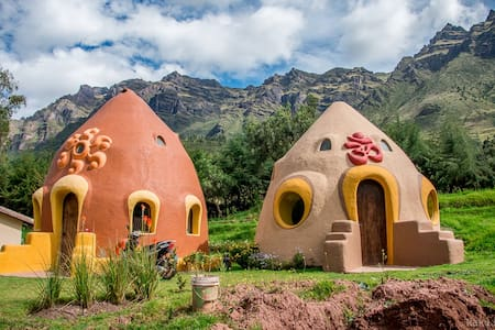 Dome Room in the Sacred Valley - Banglo