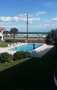 Tropical Beach Front Luxury Condos - Flagler Beach - Apartment