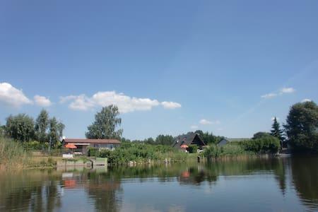 Traumhaftes Ferienhaus direkt am Beetzsee - Brandenburg an der Havel
