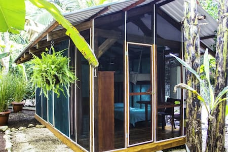 Private Bungalow @ Jungle's Edge - Tenda de campanya