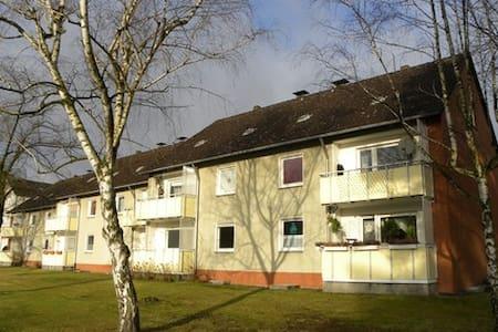 Wohnung in Haus in Isernhagen - Isernhagen - Hus