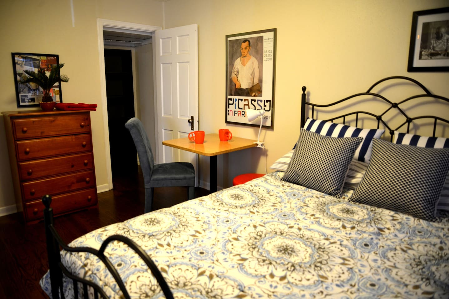 A Simple Comfy Room for 2 in OKC
