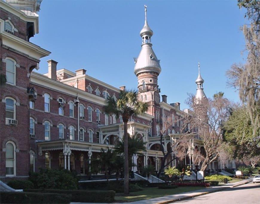 University of Tampa - 10 min drive