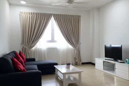 3 Rooms Low Density Seaview Condo (New) - Gelugor  - Appartement en résidence
