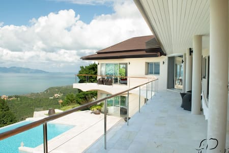 5 Bedroom Seaview Villa Bang Por - Ko Samui - Villa