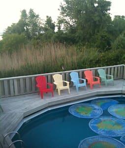 Relaxing - Lido Beach Getaway-Hot Tub, Water-View! - Dům