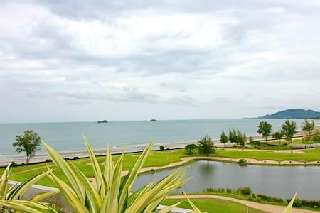 Dasiri Sanctuary Unit 4 Beach Condo - Nong Kae - Huoneisto