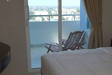 Luxurious room with large balcony - Dehiwala-Mount Lavinia
