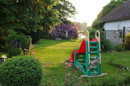 Wohnung mit Gartennutzung in ruhiger Lage. - Sprakensehl - Appartement