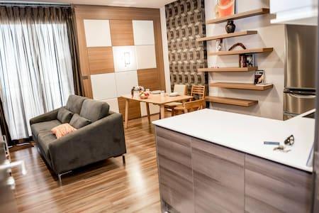 Quiet, spacious, high-ceiling unit - Bangkok - Wohnung