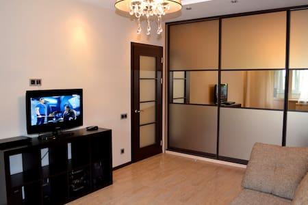 Уютная однокомнатная квартира - Apartment