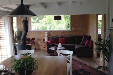 Maison en pleine nature à 10 min de Montpellier - Cabin