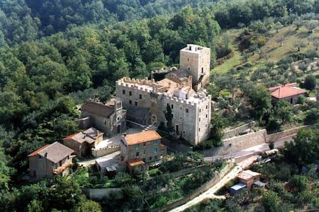 """Appartamento """"La Vallata"""", Castello di Cisterna - Gualdo Cattaneo - Wohnung"""