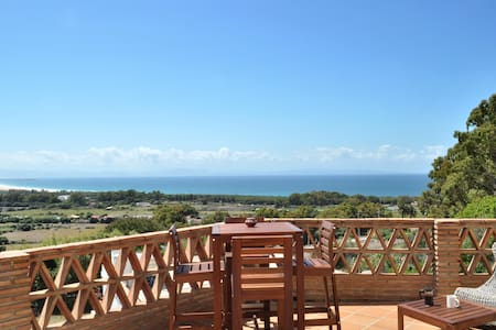 Beautiful Home in Tarifa with Terrace & Sea View! - Appartement