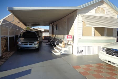 Park Model w/ Carport - Yuma - Cabin