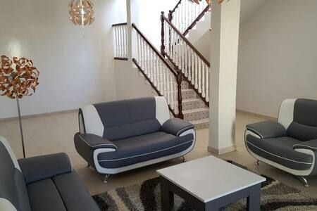 Villa de standing neuve ultra moderne ! - Hus