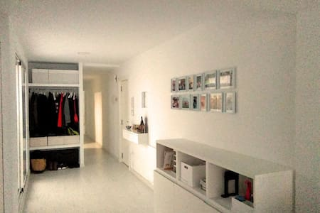 Hab. doble y parking 10min Valencia - Loft