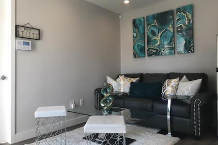 Super Cute and Cozy 1 bedroom Condo-B - Los Angeles - Ortak mülk