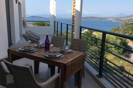 T4 avec piscine, vue mer, à 250 m de la plage - Coti-Chiavari - Apartment