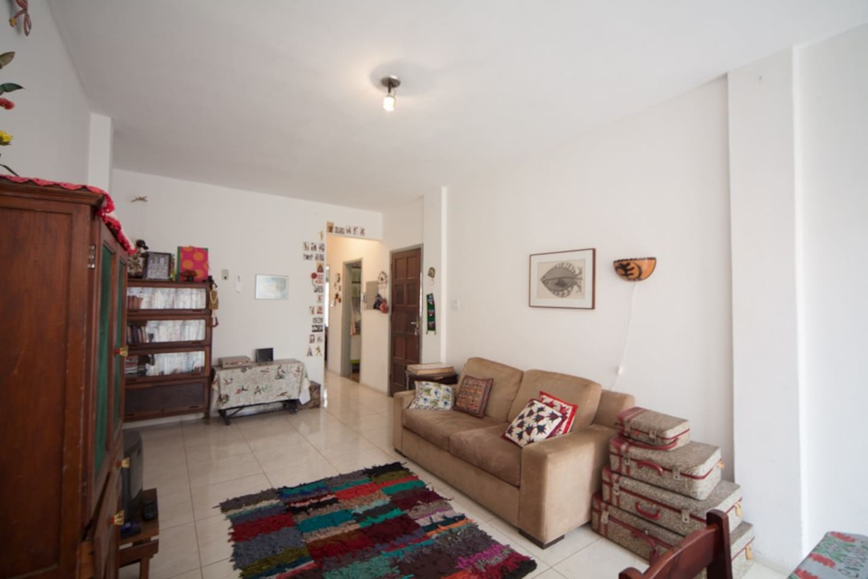 room near Paulista and city center