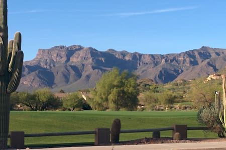 Golf, hike, business or pleasure.. - House